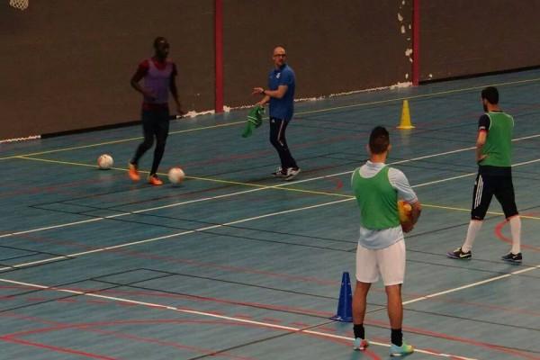 exercice de futsal. diagonale et parallèle. par johann legeay et canalfutsal.com