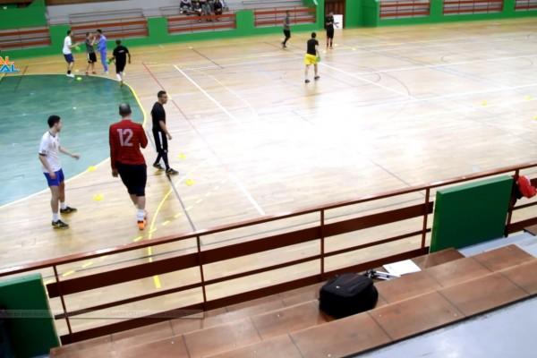 exercice d'échauffement de futsal divertissant par johann legeay et canalfutsal.com